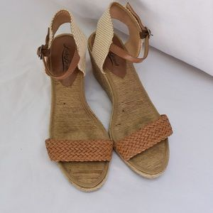 Lucky Brand jute wedges, size 7